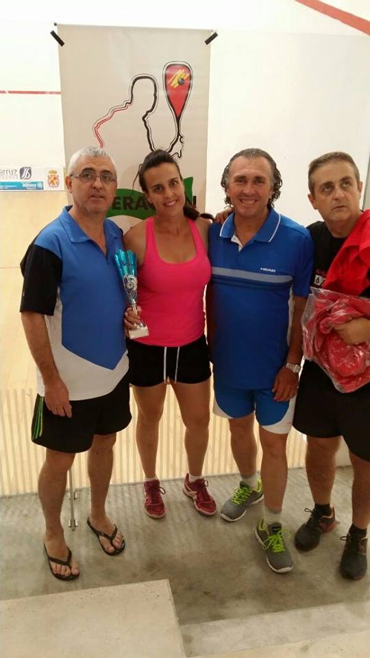 Julia Campeona Racket 2015